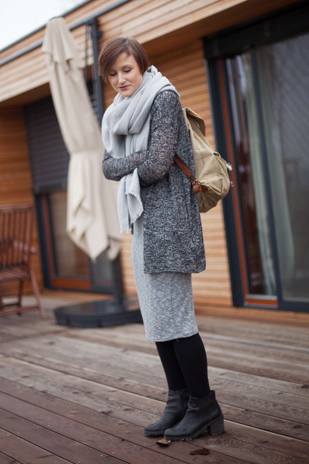 outfit-all-in-grey-big