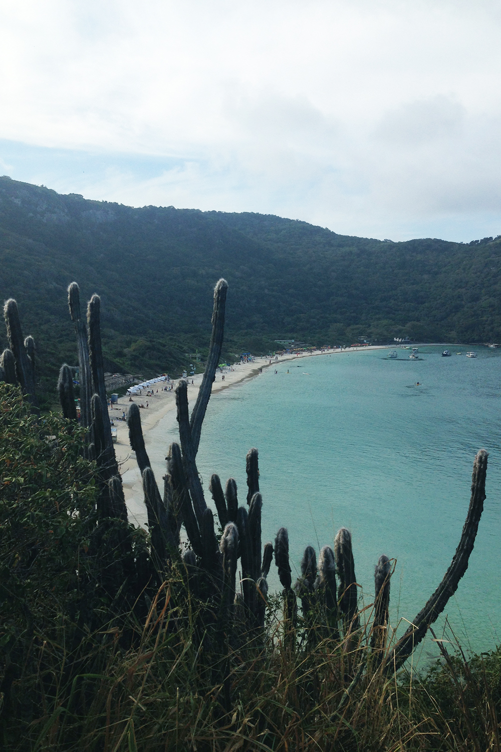 traveldiary-arraial-do-cabo-praia-do-forno-view
